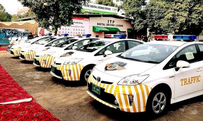 Islamabad Police gets new hybrid patrolling cars