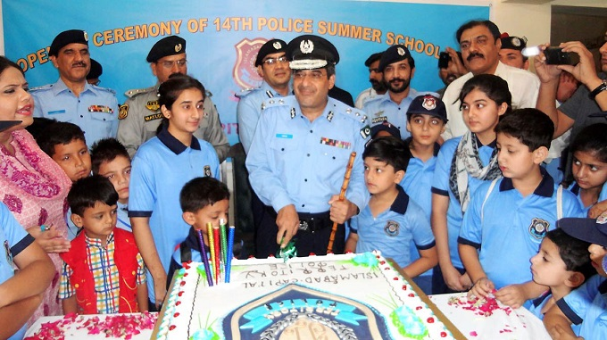 Islamabad police seek closer ties with community