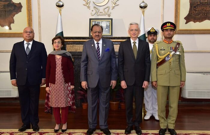 New French Ambassador Dr. Marc Baréty presents credentials to President Mamnoon Hussain