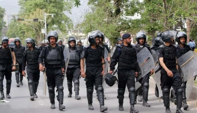 Islamabad gets new anti-riot Police to face mobs