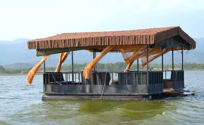 Islamabad floating cafe