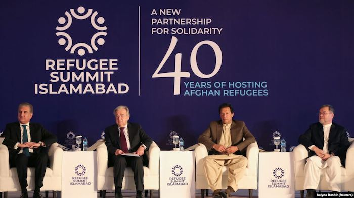 L-R) Pakistani Foreign Minister Shah Mahmood Qureshi, UN Secretary-General Antonio Guterres, Pakistani Prime Minister Imran Khan and Afghan Vice President Sarwar Danish attend an international conference on the future of Afghan refugees living in Pakistan in Islamabad on February 17, 2020. Photo via Reuters