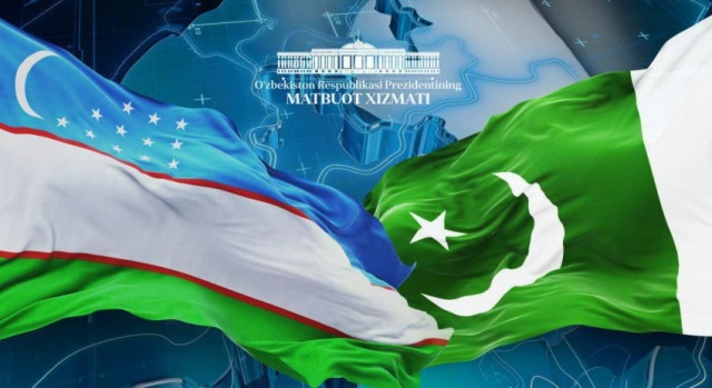 Uzbekistan looks to Pakistan's ports in Karachi and Gwadar for trade and seeks support to join QTTA transit trade deal